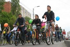 biciclisti pedalare 8