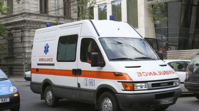 salvare_ambulanta_001_53360600