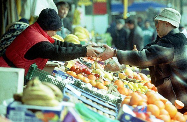 1292497179Legume, fructe, piata, alimente, comert, vanzare