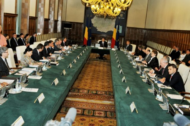 2012_09_05_sedinta de guvern ponta 4_rsz