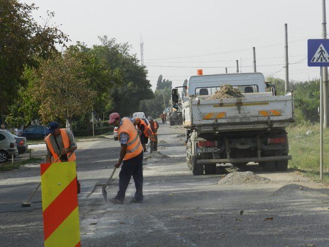 muncitori-drumuri