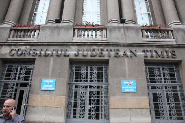 consiliul judetean timis CJT 04