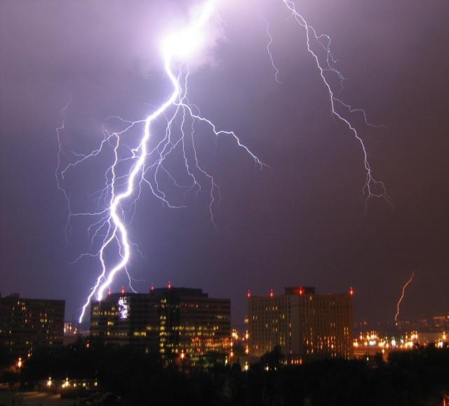 lightning_in_arlington1