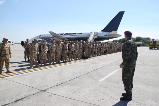 militari afganistan aeroport