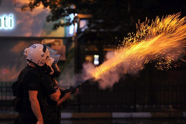 police-fire-tear-gas-istanbul-protests-turkey-data