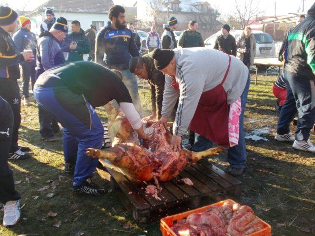 pomana porcului 002 (Medium)