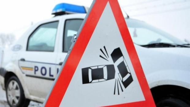 accident-circulatie-masina-politie-indicator