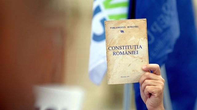 constitutia-romaniei-cronicaromana-ro