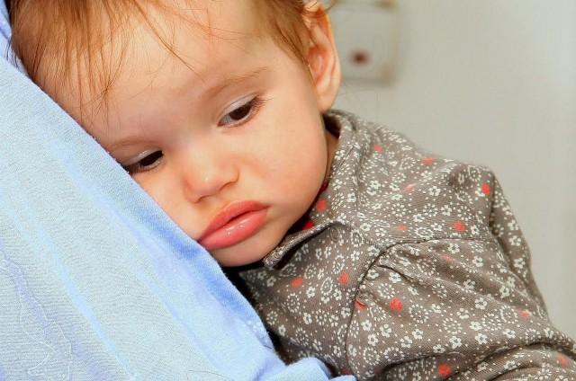 teodora 2 copil bolnav