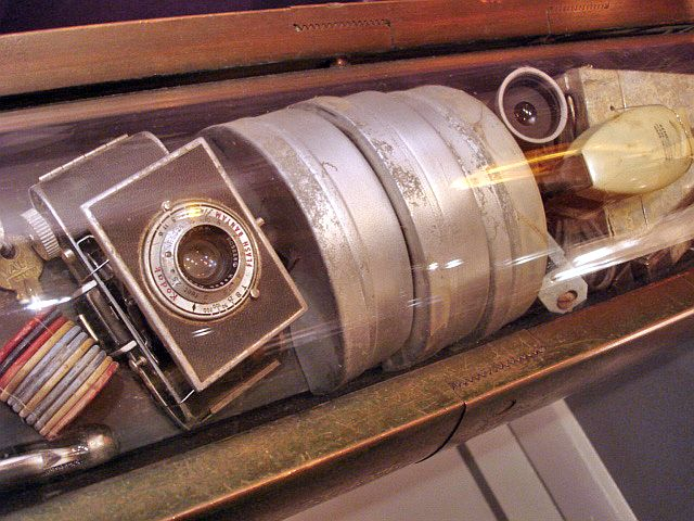 Westinghouse_timecapsule-wikipedia