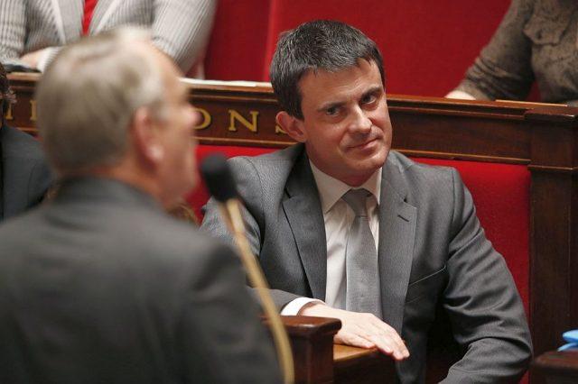 Manuel-Valls-prim ministru franta parismatch_com