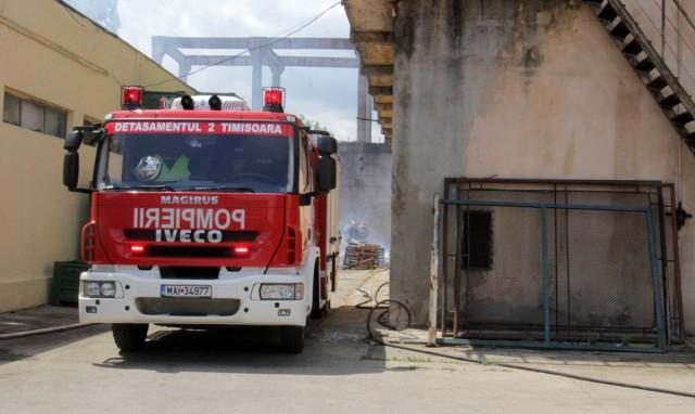 incendiu fabrica de ulei 2