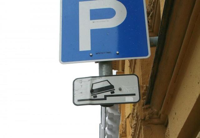 parcare semn semnalizare rutiera