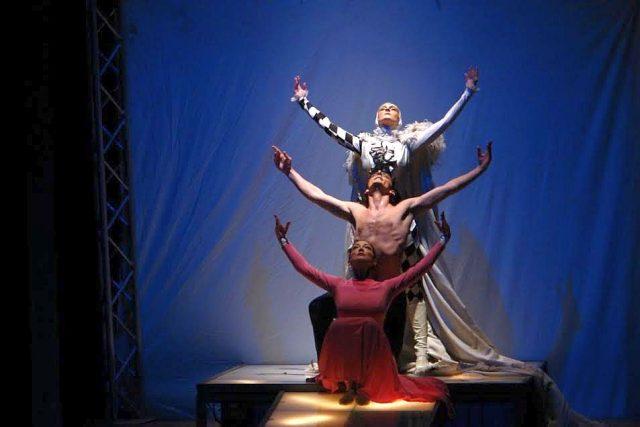 dancing queen opera balet