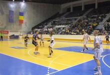 FOTO Sprint sănătos pentru CH Poli cu Suceava. Alb-violeţii au făcut scorul campionatului