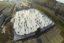Vești bune pentru amatorii de distracție din Timișoara: s-a deschis patinoarul de la mall. Cât costă mișcarea pe gheață