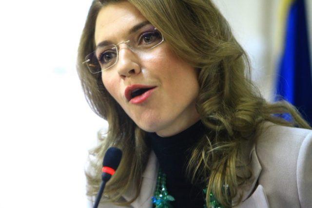 ALINA GORGHIU LA PNL TIMISOARA 07_resize