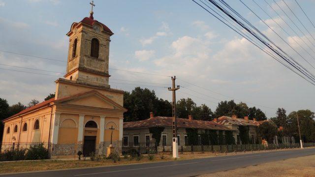1. conac si biserica