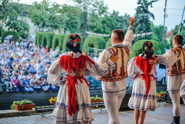 festivalul inimilor oficial muzica populara