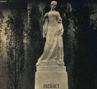 statuie 1918