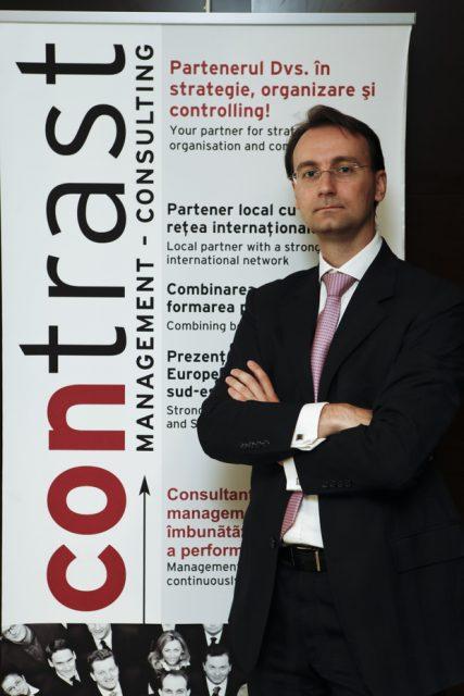 remus-laes-managing-partner-contrast