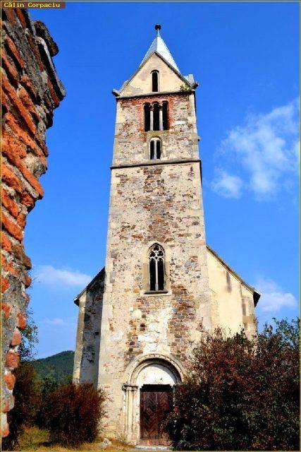 4. biserica in paragina