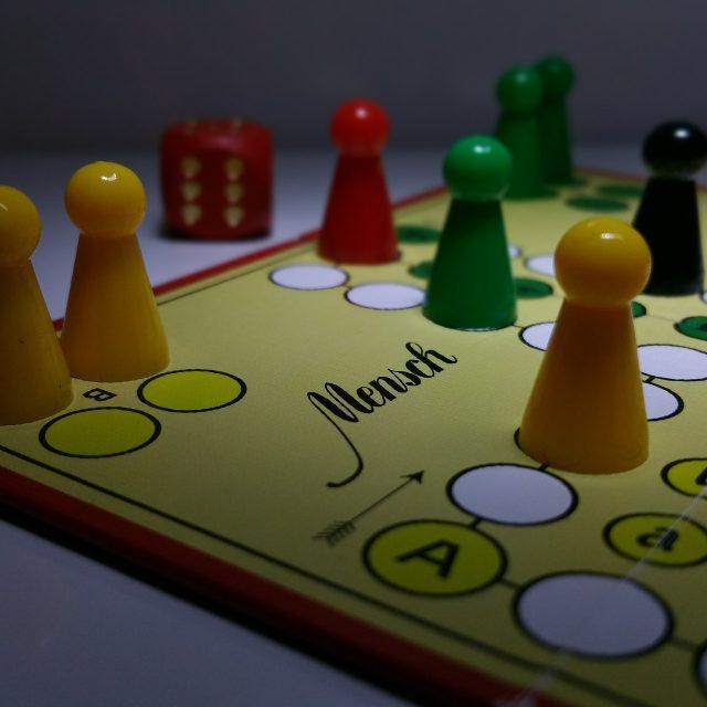 jocuri - c.c.g.