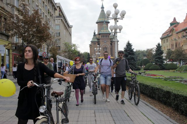 protest verde pentru biciclete24