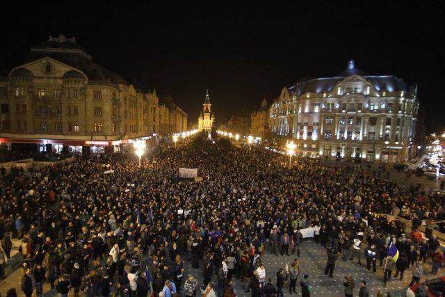 protest-colectiv25
