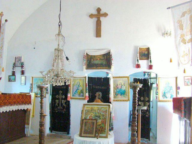 8. biserica dumbrava-iconostas