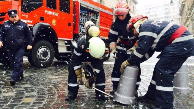 pompieri ranga piloni piata unirii 1