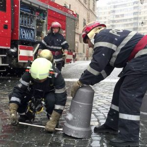pompieri ranga piloni piata unirii 3