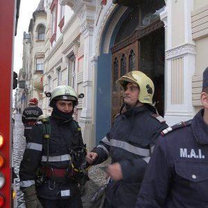 pompieri vicariatul sarbesc piata unirii (6)