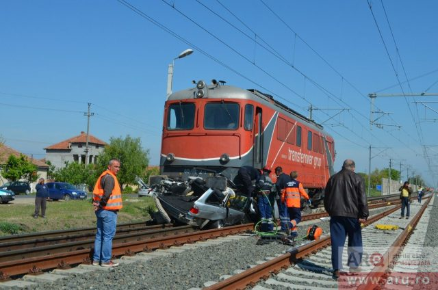 bmw locomotiva accident arq_ro
