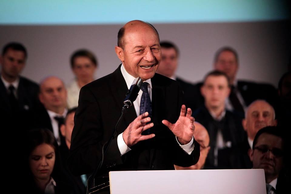 Traian Băsescu (1)