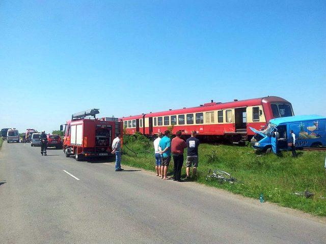 accident tren duba isu (8)