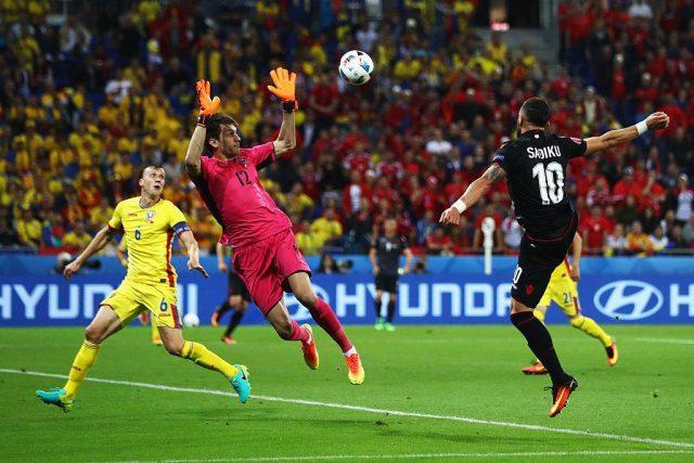 Tătărușanu, din nou depășit de o minge aeriană. Foto: UEFA EURO / Facebook