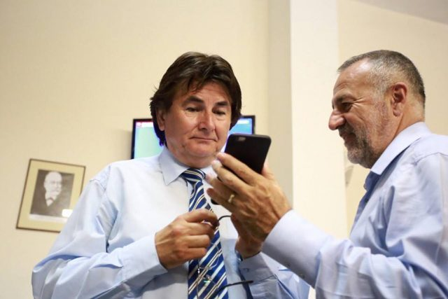 nicolae robu si dan popa asteapta rezultate alegeri 2016 (2)