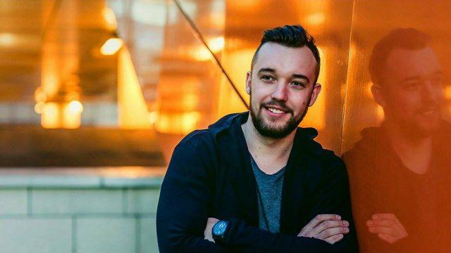 Timişoreanul Julyan Dubson se bucură de succes în topurile internaţionale cu single-ul Make a thing