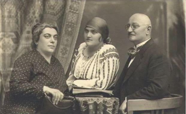 Ion Vidu cu soția și fiica