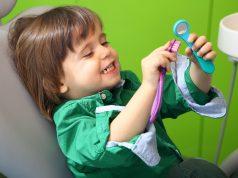 copil stomatolog