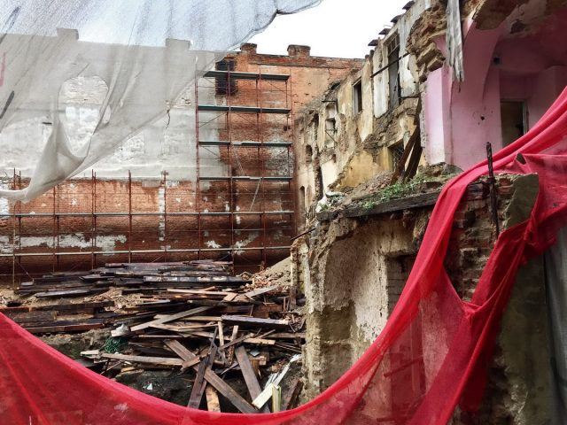 demolare-hotel-1
