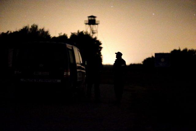 migranti politia de frontiera 111