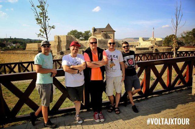 Formaţia Voltaj lansează cel de-al zecelea album din carieră cu un concert la Timişoara
