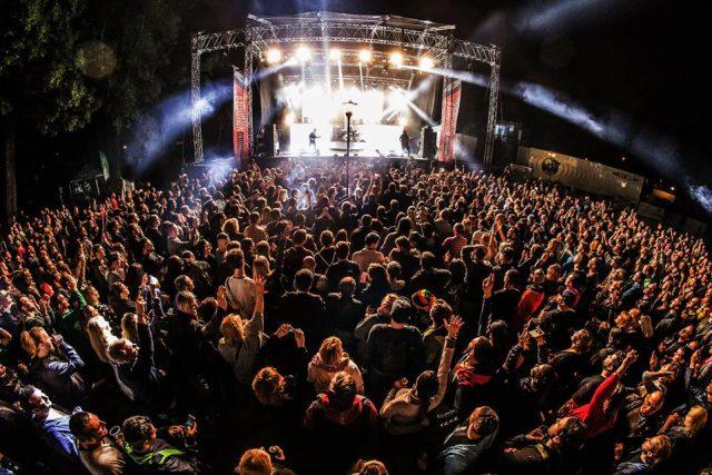 Una din formaţiile înscrise în concursul de la Timişoara va susţine un recital în cadrul festivalului Revolution
