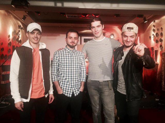 Formaţia Dincolo de Ziduri lansează un material discografic cu un concert la Casa Tineretului
