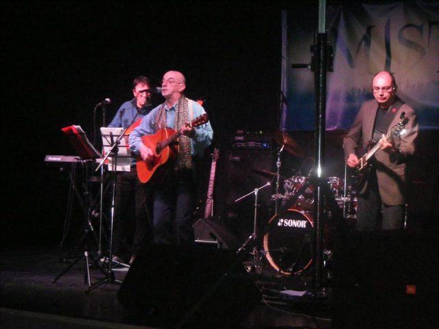 Evenimentul Live in the City a avut parte de recitalurile MIST şi Vali Ivănescu Acustic Band