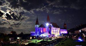 castelul corvinilor lumini