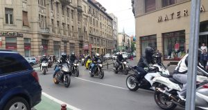 parada motociclisti