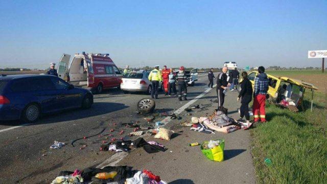 Imagini pentru Accident grav pe autostradă: o persoană a murit, iar alta a fost rănită